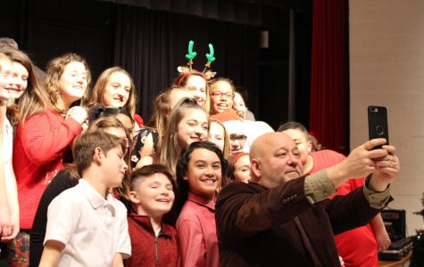 Band and chorus surprise concert audience with special appearances